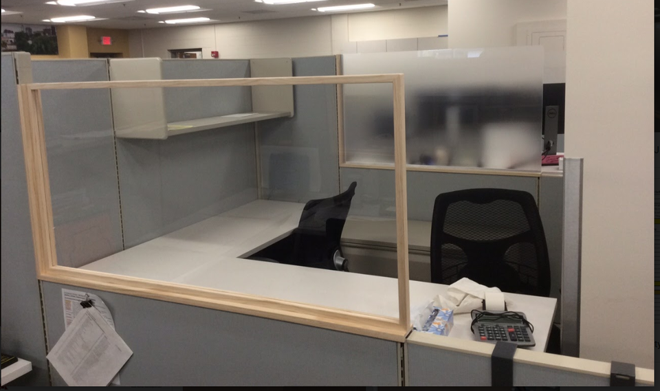 Custom Cubicle Partition - Clear